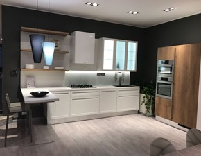 Cucina bianca moderna con penisola Carattere Scavolini in Offerta Outlet