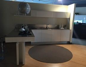 Cucina bianca moderna con penisola Mila Cesar cucine scontata