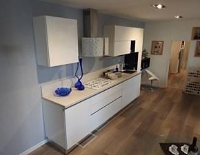 Cucina bianca moderna lineare Brava Lube cucine in offerta