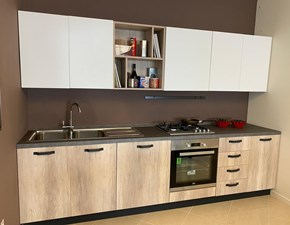Cucina bianca moderna lineare Colibri' Forma 2000 in Offerta Outlet