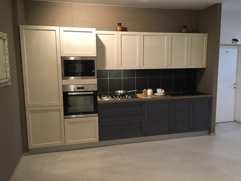 Cucina bianca moderna lineare elsa net cucine in offerta outlet - Cucina bianca moderna lineare ...