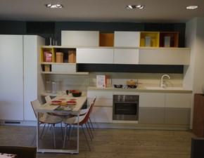 Cucina bianca moderna lineare Foodshelf Scavolini in Offerta Outlet