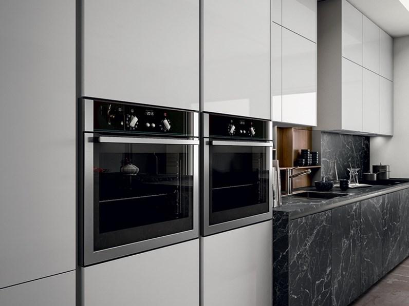 Cucina bianca moderna lineare kal arredo3 in offerta outlet - Cucina bianca moderna lineare ...
