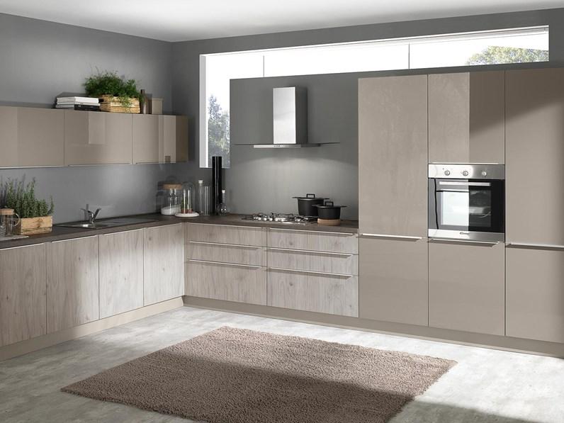 Cucina bianca moderna lineare mia 360 five mobilturi for Cucine di marca