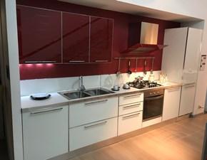 Cucina bianca moderna lineare Modello diamante Veneta cucine in Offerta Outlet