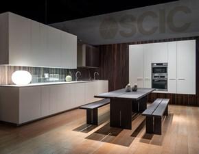 Cucina bianca moderna lineare Monolite Scic in Offerta Outlet