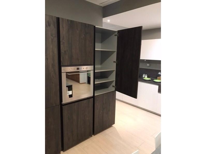 Cucina bianca moderna lineare One-80 Ernestomeda in Offerta Outlet