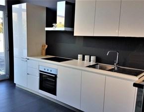 Cucina bianca moderna lineare Sp3  Artigianale in Offerta Outlet