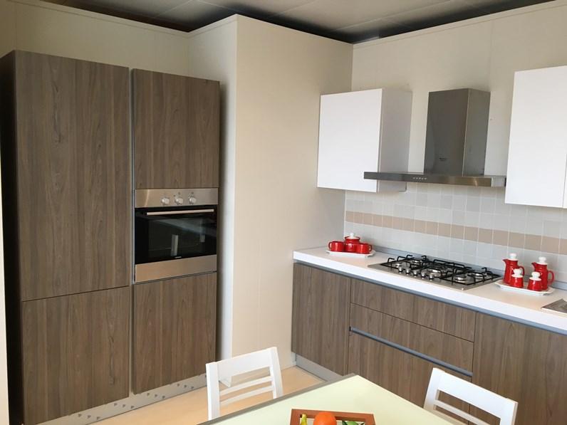 Cucina bianca moderna lineare Style di Doimo cucine - Cucine a ...