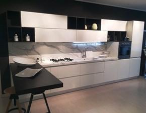 Cucina bianca moderna lineare Wega Arredo3 in Offerta Outlet