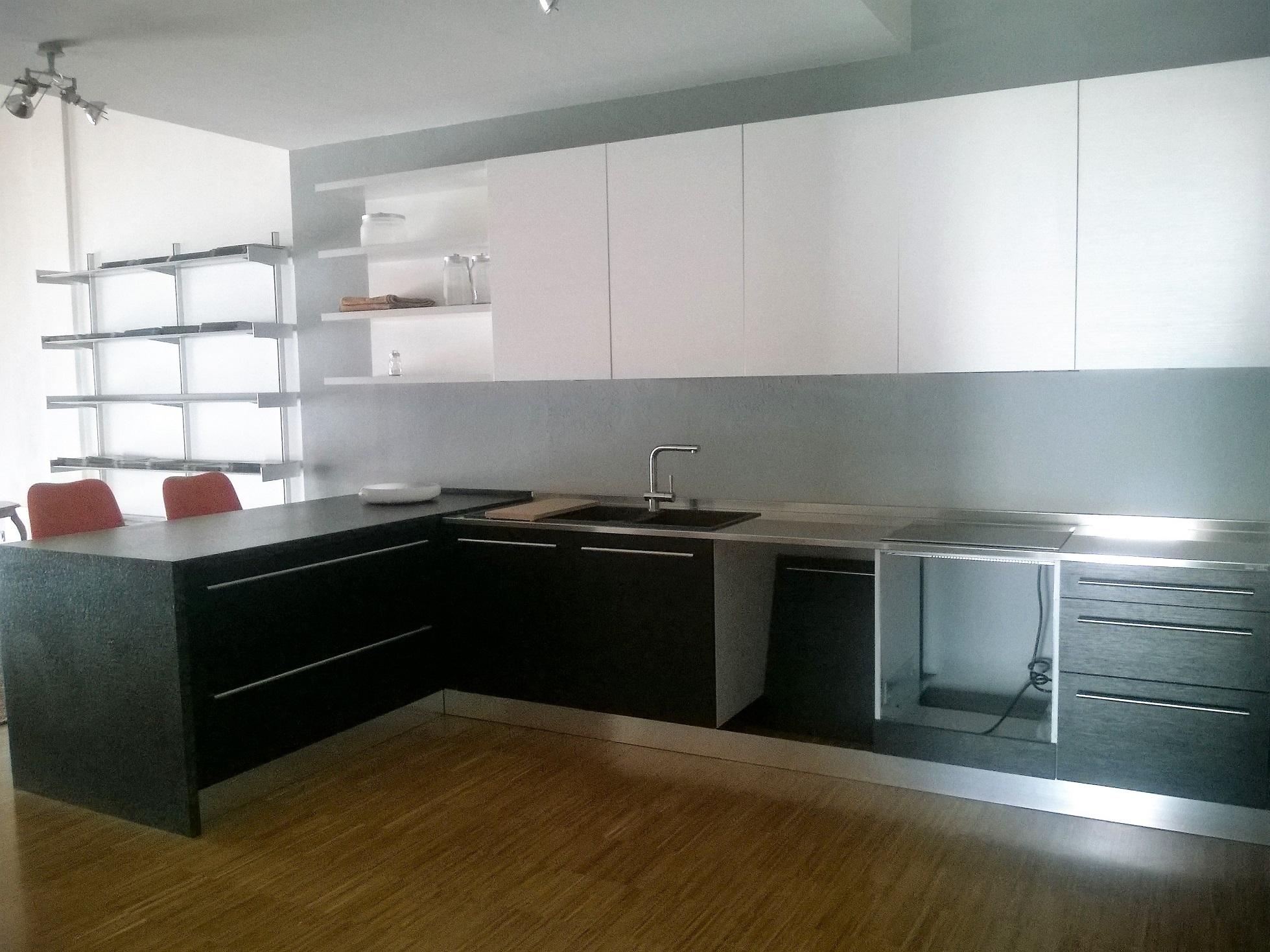 Cucina bontempi cucine smart nera moderno laminato - Cappa cucina nera ...