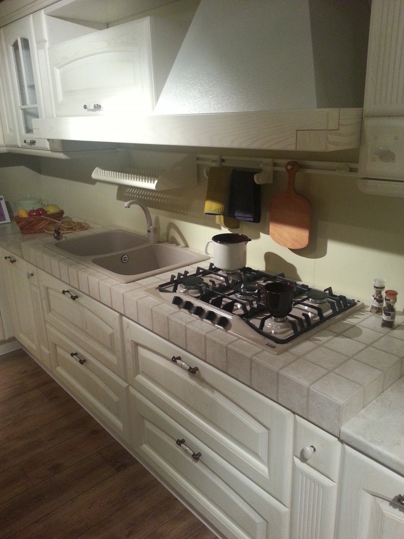 Cucina Vitali classica Camelot decapè avorio - Cucine a prezzi scontati