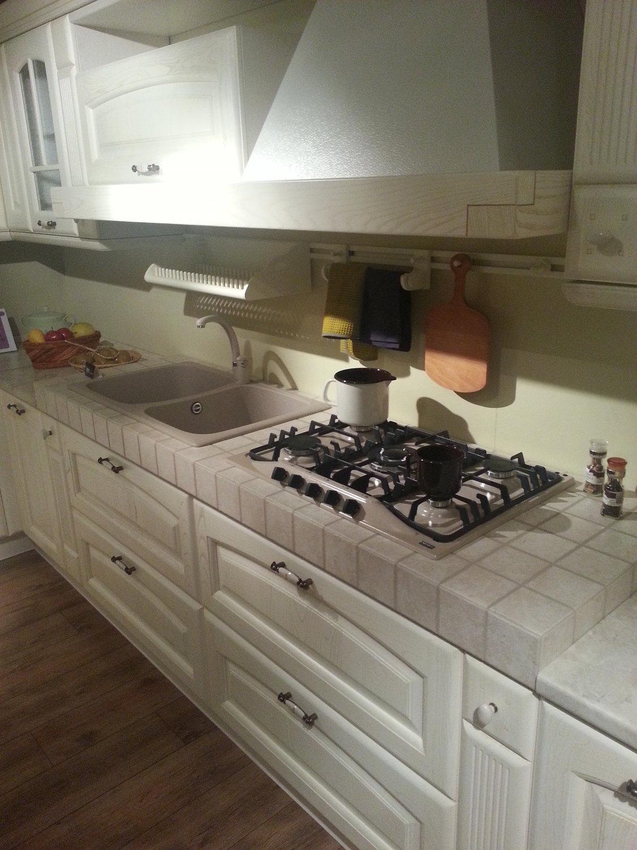 Cucina vitali classica camelot decap avorio cucine a - Cucine vitali prezzi ...