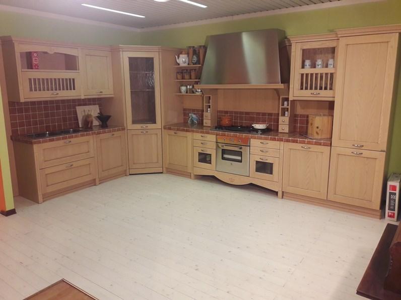 cucina angolare modello Asolo in stile classico contemporaneo a ...
