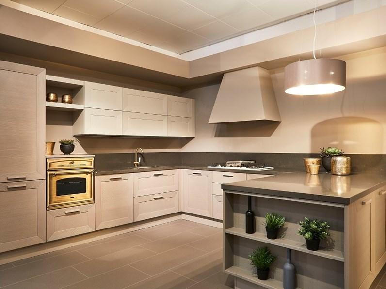 Cucina cesar cucine con penisola noa scontata for Castellucci arredamenti