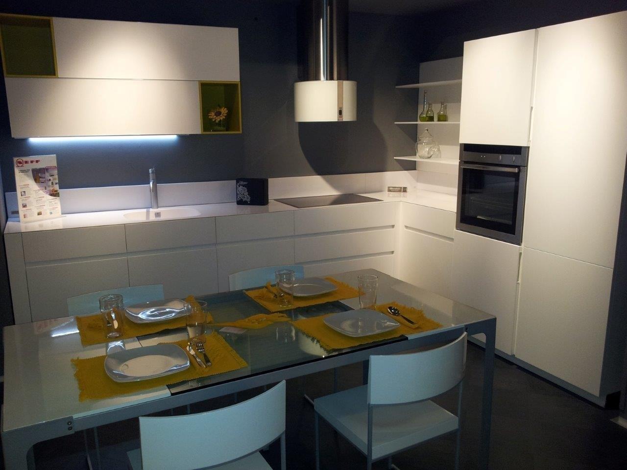 Cucina cesar elle scontata cucine a prezzi scontati - Taglio top cucina ...