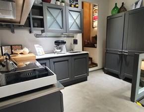 Cucina classica ad angolo Aran Bellagio anta colore grigio tortora a prezzo ribassato