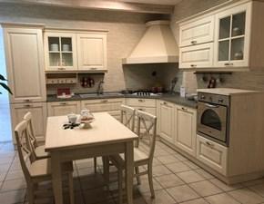 Cucina classica ad angolo Veneta cucine Memory a prezzo ribassato