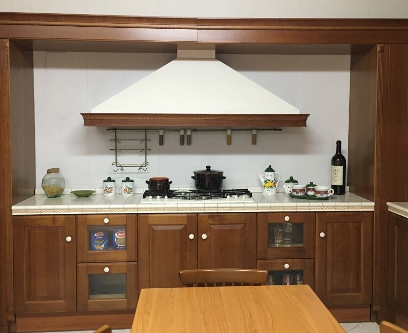 Cucina classica angolare scavolini modello baltimora - Cucina scavolini classica ...