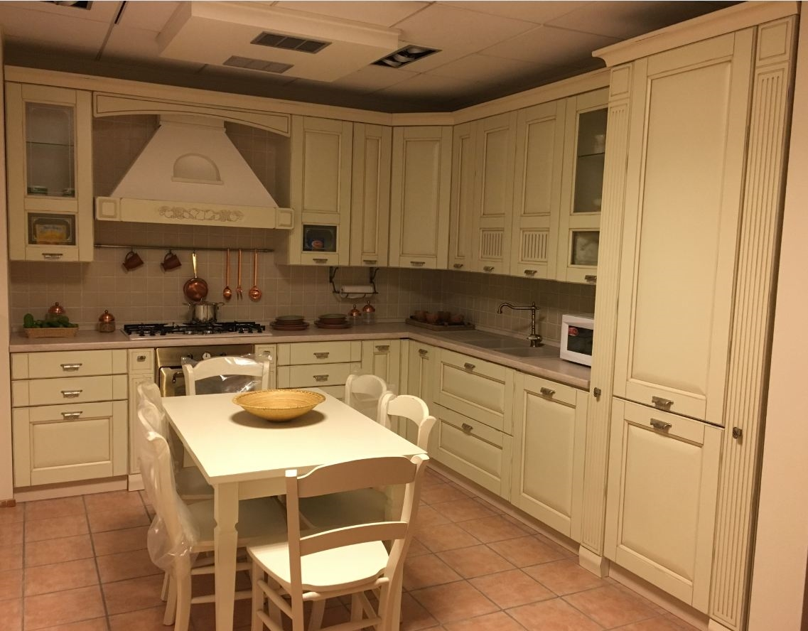 Cucina classica effetto anticato - Cucine a prezzi scontati