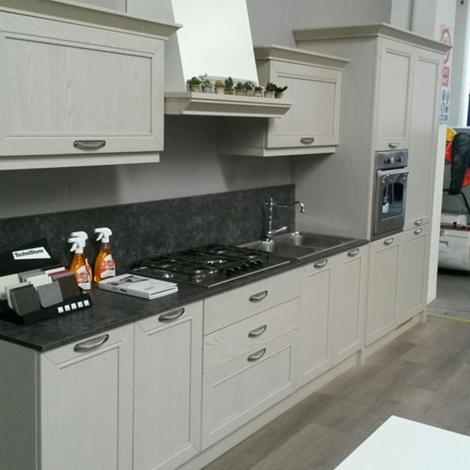 Cucine Lube cucine lube o arredo3 : Cucina classica Arredo3 scontata del 54% - Cucine a prezzi scontati