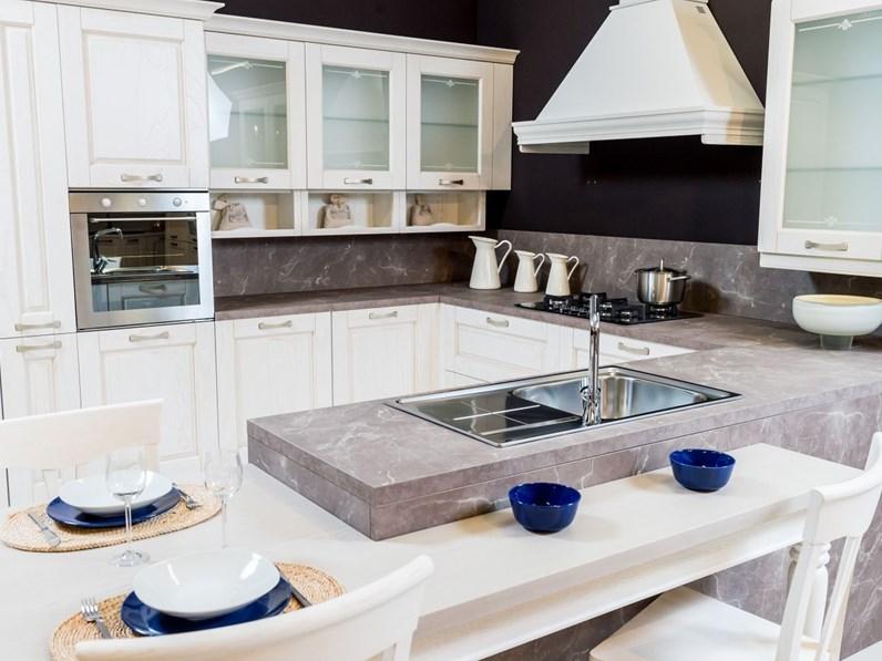 Cucina classica artigianale ad angolo con penisola mod for Cucine outlet verona