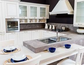 Cucina classica artigianale ad angolo con penisola mod.Verona a prezzo di occasione