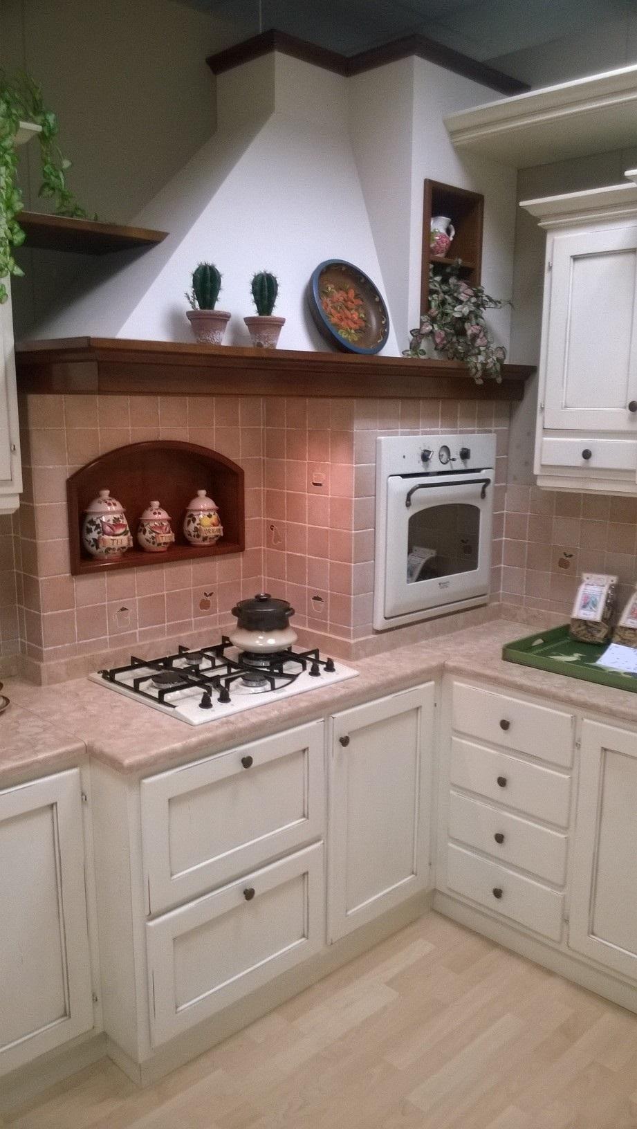Cucina classica artigianale scontata del 50 cucine a for Cucina classica