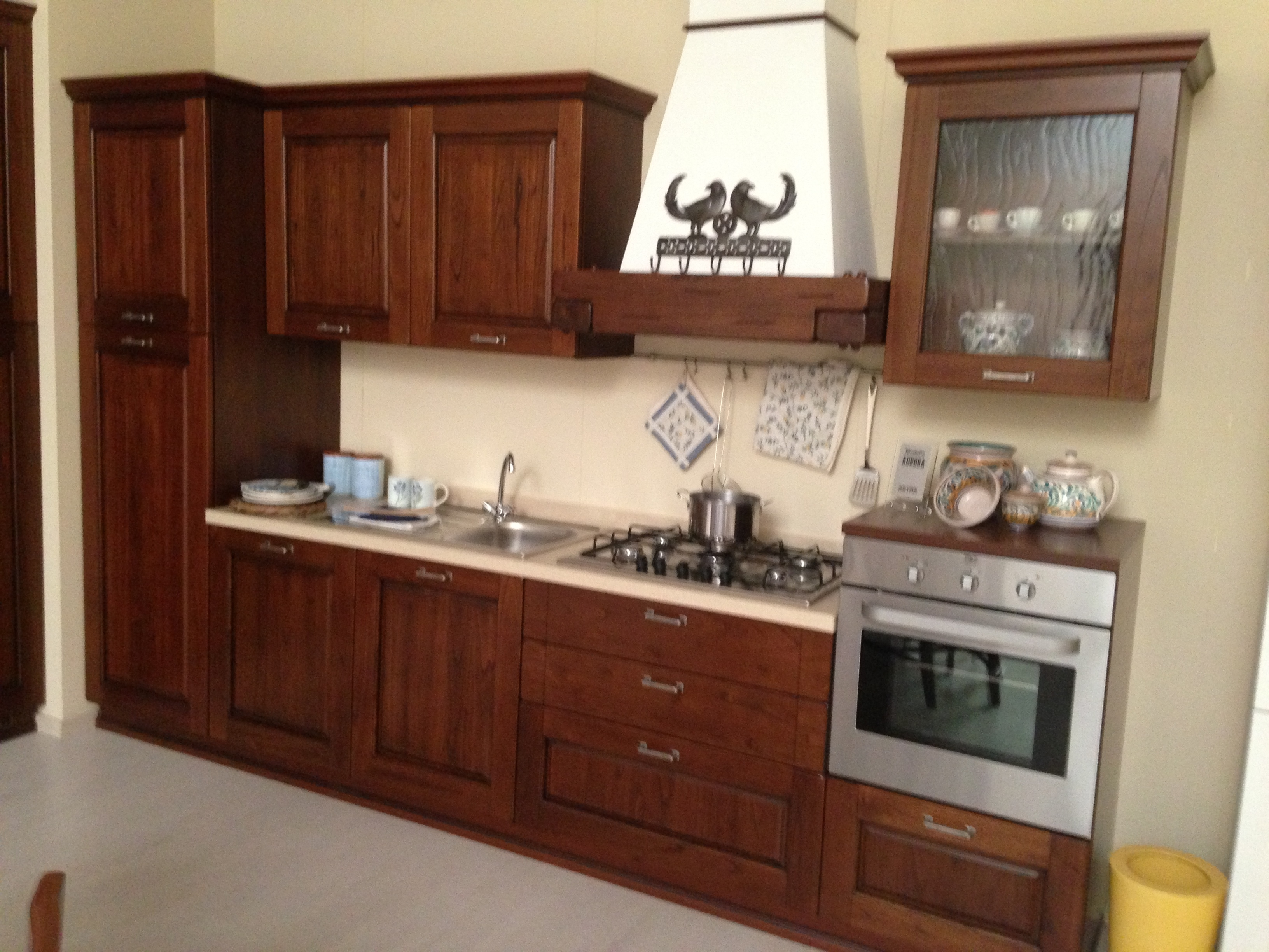 cucina in rovere spazzolato avorio opaco pensili in legno ...
