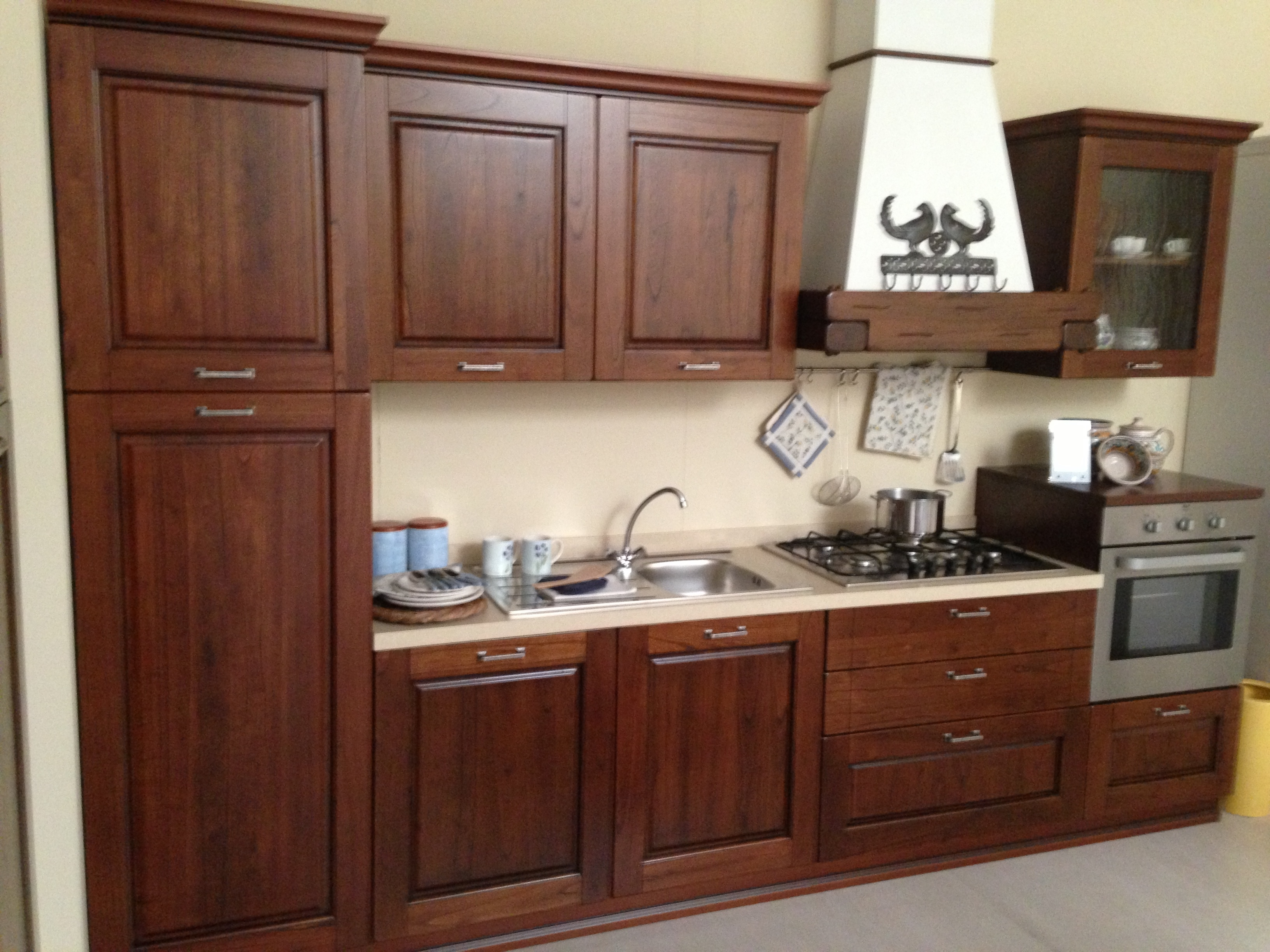 Cucina classica cm330 cucine a prezzi scontati - Cucina bianca e noce ...