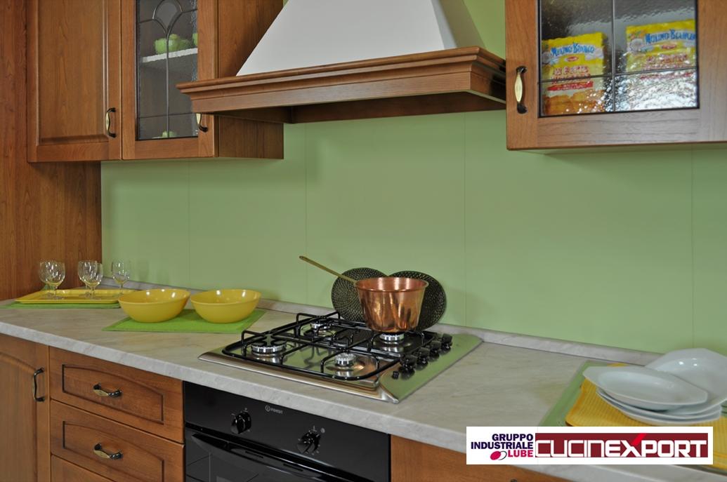Cucine Lube Numana : Cucina classica in legno lube export modello numana