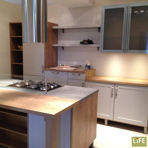Cucina classica life con isola grigio sabbia occasione scontata del 15 cucine a prezzi scontati - Life cucine prezzi ...