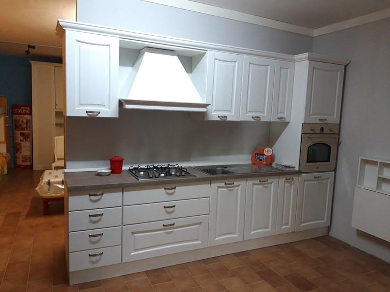 Cucina classica lineare Artigianmobili Cucina artigianmobili a prezzo  ribassato