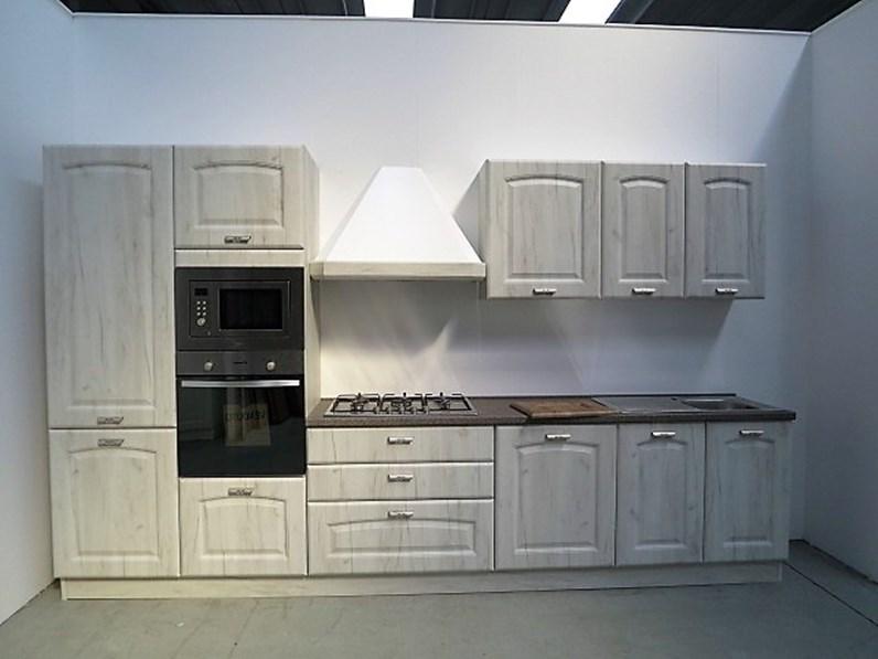Cucina classica lineare con elettrodomestici inclusi in outlet - Cucina con elettrodomestici ...