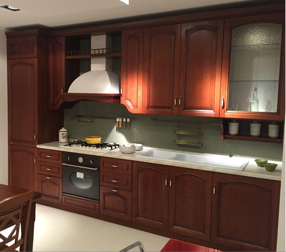 Cucina classica in legno lineare Scavolini modello Margot - Cucine a prezzi s...