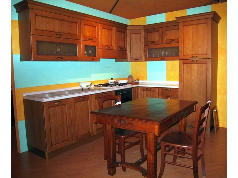 Cucina classica rovere chiaro di Effe4 ad angolo Valencia in Offerta ...