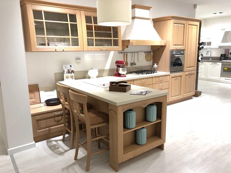 Cucina classica rovere chiaro modello Bolgheri di Stosa cucine con ...