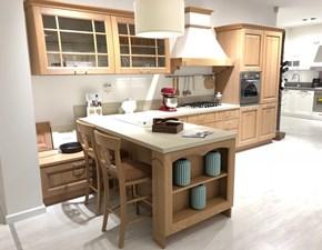 Cucina classica rovere chiaro modello Bolgheri di  Stosa cucine con penisola scontata