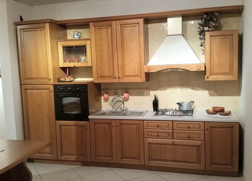 Cucina classica selva sottocsto cucine a prezzi scontati - Mobili bruni sora prezzi ...