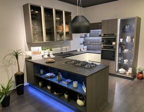 Cucina Clover design bianca con penisola Lube cucine