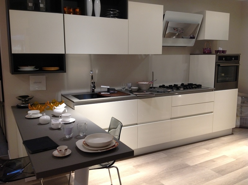 esempio di cucina monoblocco ikea. cucina compatta aperta cucina ...