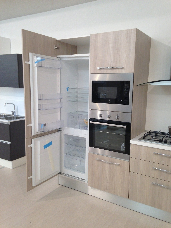 Cucina cm 360 in promozione cucine a prezzi scontati - Forno elettrico e microonde combinato da incasso ...