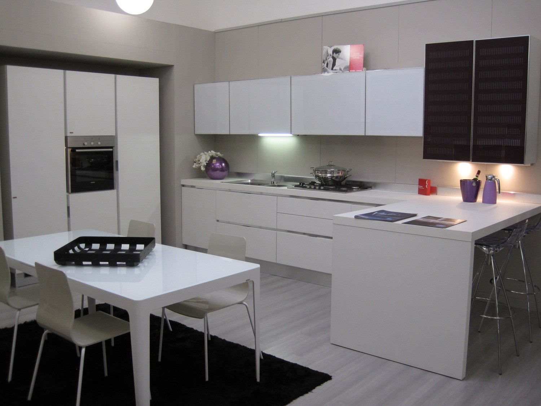 Cucina scavolinicompleta bianca cucine a prezzi scontati for Cucine componibili bianche