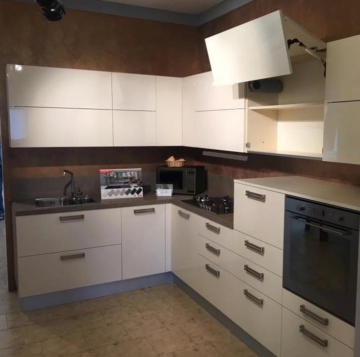 Cucina completa di elettrodomestici da showroom cucine a prezzi scontati - Cucina completa prezzi ...