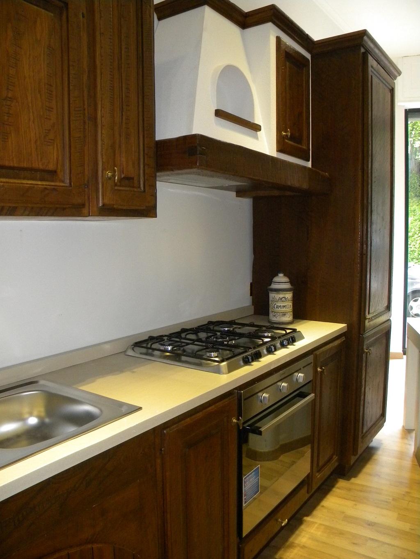 Cucina completa in legno massello completa di - Elettrodomestici in cucina ...