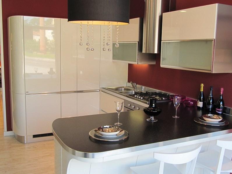 Cucina scavolini tess laccato bianco lucido 53 - Cucina scavolini tess ...