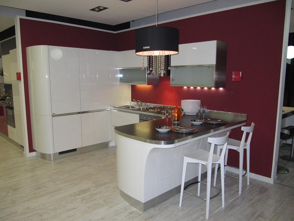Cucina scavolini tess laccato bianco lucido 53 cucine a prezzi scontati - Cucina scavolini tess ...