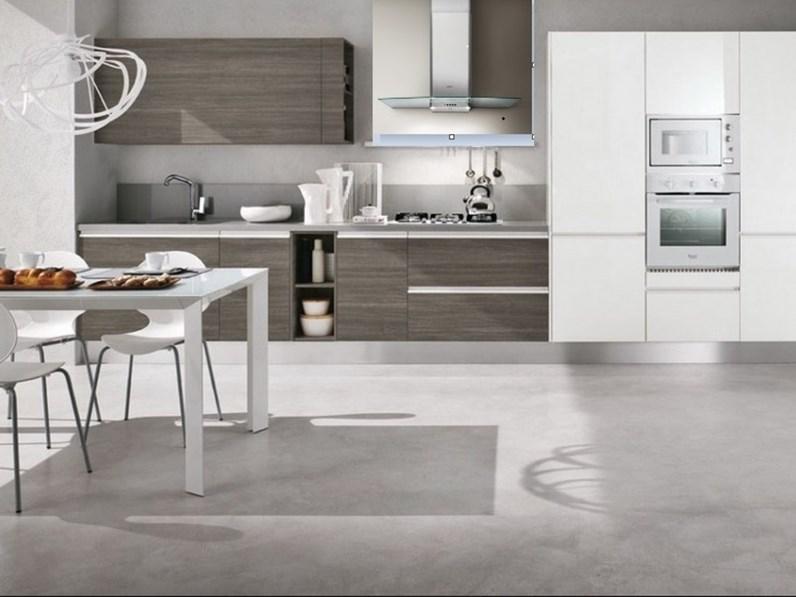 Cucina composizione moderna con dispensa laccata in offerta - Cucine con dispensa ...