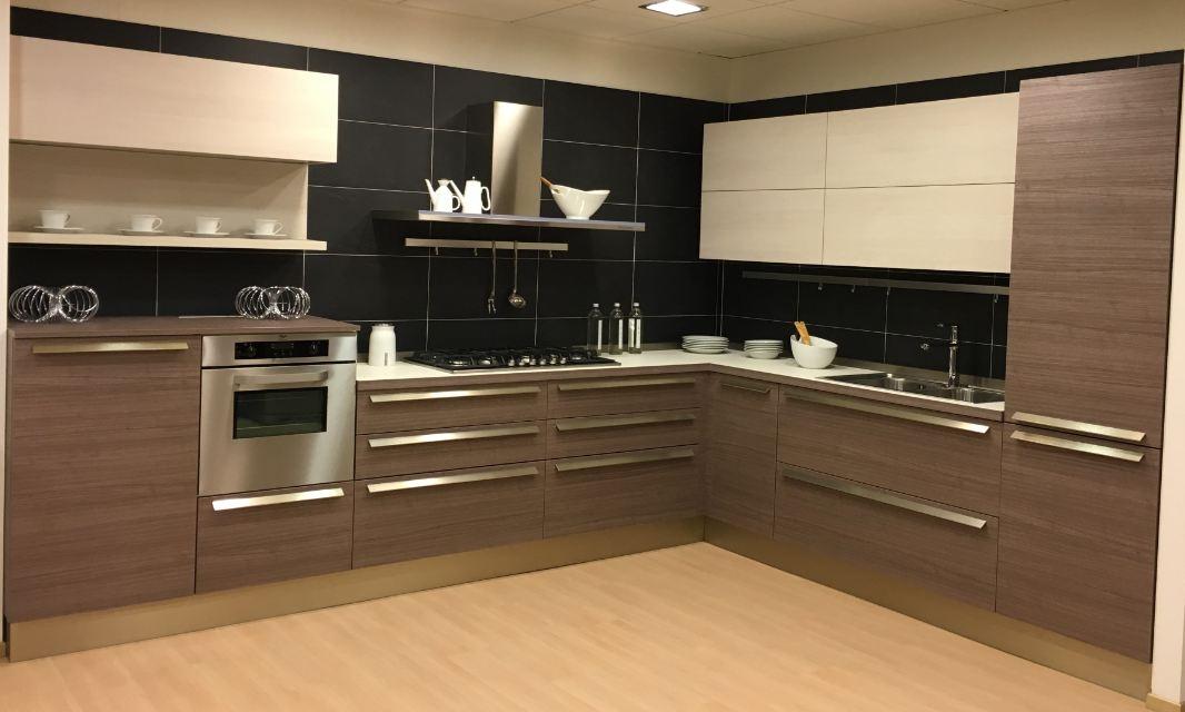 Cucina Con Ante Decorativo Modello Ethica Di Veneta Cucine