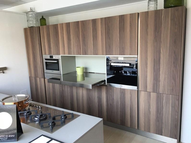 Cucina con isola arrital di esposizione scontata del 50 for Zanotto arredamenti